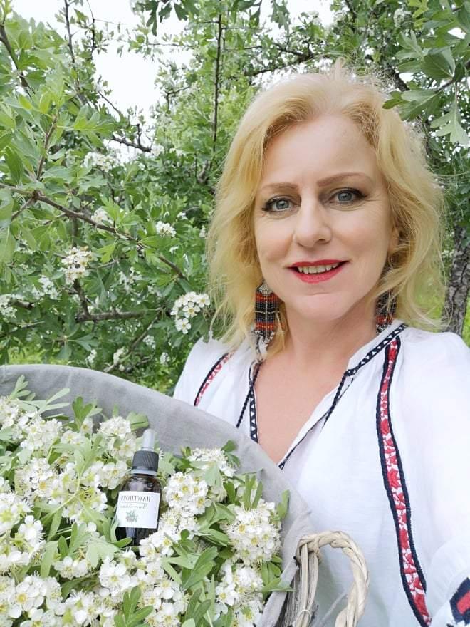 Miranda Tringis speaking about Herbal Flower benefits