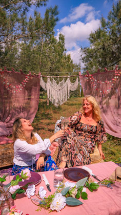 boho picnic with your loved ones